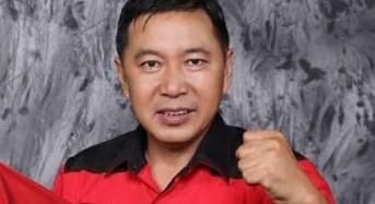 Maju di Manado, Gladiator Politik James Sumendap Resmi Mendaftar di PDI-P