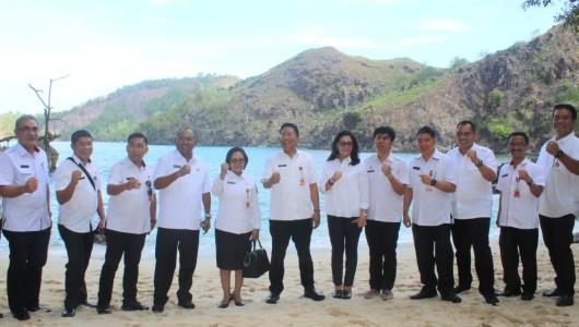Sekdaprov Silangen Pimpin Rapat Matangkan Kesiapan KEK Pariwisata Likupang