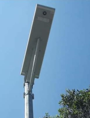 Solar Sel yang terpasang di Desa Tokin Baru, yang disorot warga. (ist)