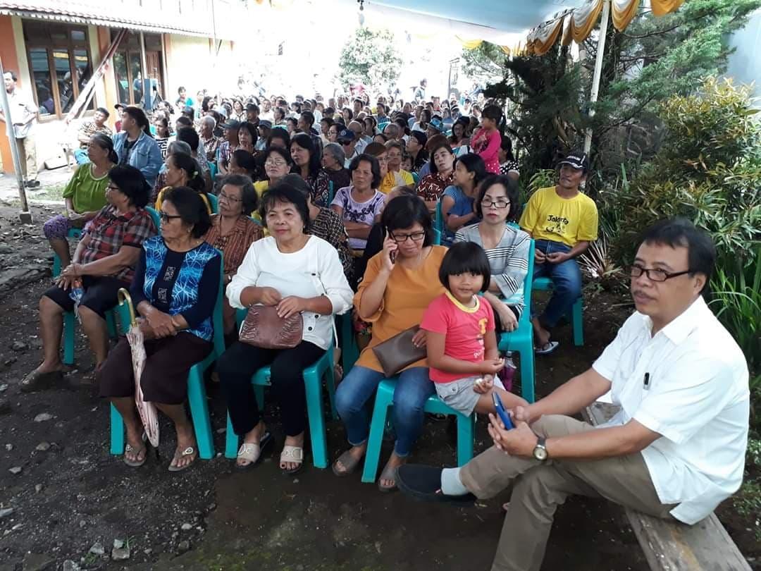Masyarakat yang menghadiri reses Toar Polakitan SE