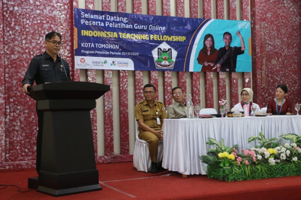 Asisten Kesra Jusak TS Pandeirot SPd MM membuka kegiatan Program Pelatihan ITF