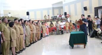 Wagub Kandouw Lantik 199 Pejabat Pemprov Sulut dan 65 Kepsek