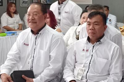 Robert PA Pelealu SH MH dan Sello Fransiskus Sukirno SH MH