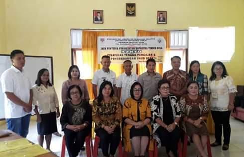 TPID Motoling Timur Laksanakan Pelatihan Tenaga Pengajar dan Pengembangan PAUD