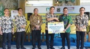 Wali Kota Tomohon Terima CSR Indomaret