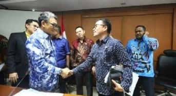 Senator SBANL Usulkan Pembangunan PJUTS dan Sarana Air Bersih ke Kementerian ESDM