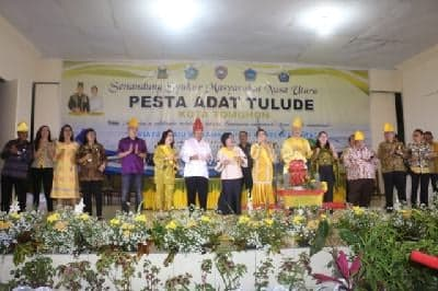 Wali Kota Tomohon bersama Forkopimd dan undangan lainnya