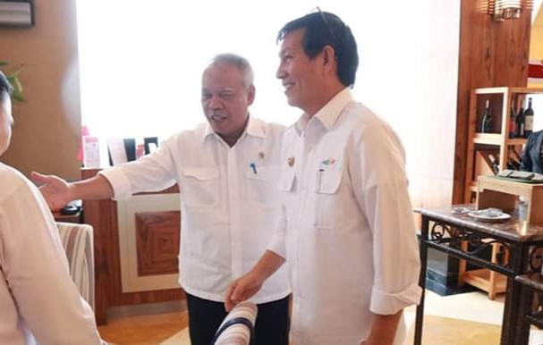 Wali kota bersama Menteri Basuki Hadimuljono