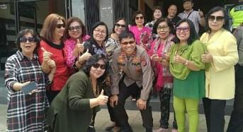 Pantau Kinerja Anggota, Kapolda Sulut Berbaur Dengan Masyarakat Kawangkoan