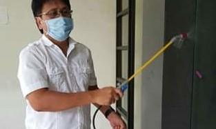 Cegah Penyebaran Covid-19, Sekertariat DPRD Minsel Lakukan Penyemprotan Disinfektan