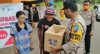Tim Satgas Covid-19 Polres Mitra Bagikan Sembako ke Keluarga Kurang Mampu