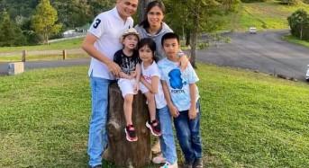 Keluarga Kandoli-Antou Mengucapkan  Selamat Hari Raya Idul Fitri 1441 H