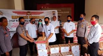 Polres Minahasa Salurkan Bantuan Sembako untuk 600 Jemaat GMIM di Wilayah Tondano Raya