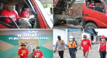 Wow… Bersama Ibu Rita, Gubernur Olly Nyetir Dump Truk Bermuatan Kopra ke Bitung