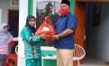 Dampak Covid-19, DPW SI Sulut Bantu Para Mustahaq di Belang dan Ratatotok