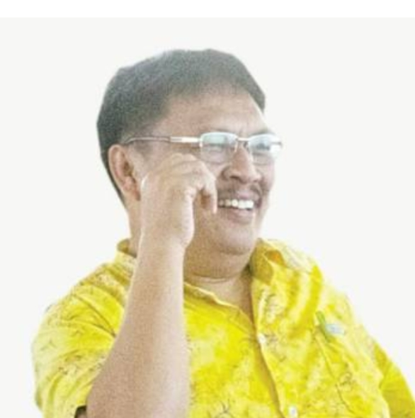 Frets H Kles ST, Sekretaris DPD II Partai Golkar Tomohon