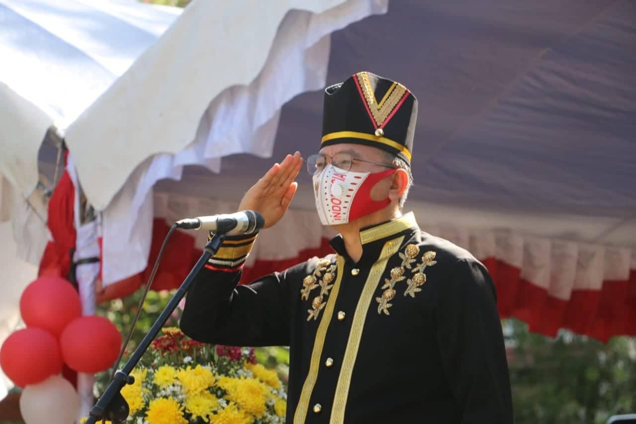 Wali Kota Tomohon Jimmy Feidie Eman SE Ak CA Inspektur Upacara di HUT ke-75 Proklamasi Kemerdekaan RI