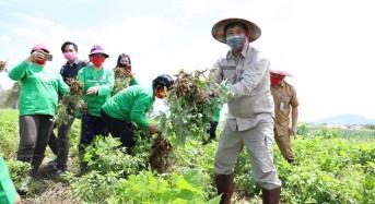 Wagub Kandouw Canangkan Gerakan 'Mari Jo Bakobong' di Boltim