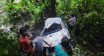 Foto: Toyota Avanza Masuk Jurang di Kumelembuai, 2 Orang Tewas
