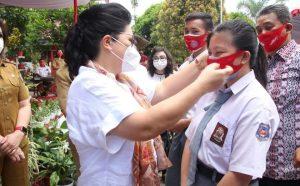 TP-PKK Sulut Bagikan Masker Gratis ke Sekolah dan Panti Asuhan